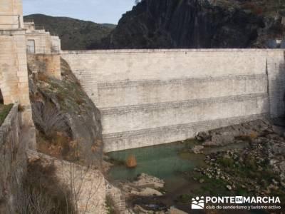 Pontón de la Oliva- Senda Genaro GR300 - diviertete realizando senderismo; viajes en abril; agencia
